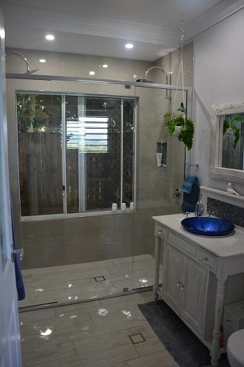 Walsh Street Bathroom